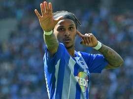 Lazaro completes Inter move. GOAL