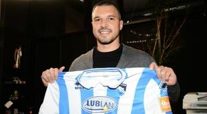 Former Juve & Man City forward Bojinov sent off before debut. AFP