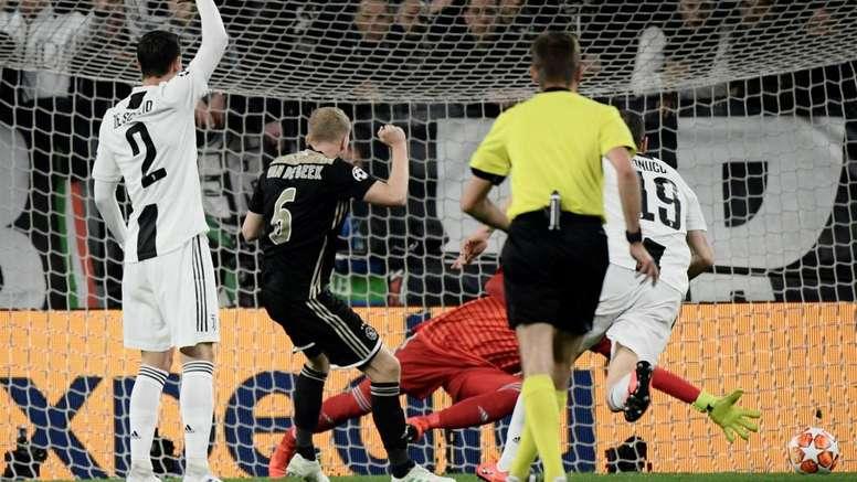 Mughini difende la Juventus. Goal