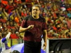 Ponte Preta vence com um a menos, mas Sport avança na Copa Sul-Americana
