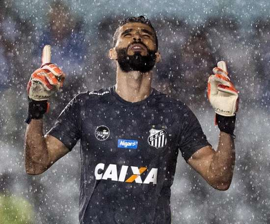 Vanderlei diz não ter propostas e pede para Santos definir o quanto antes substituto de Cuca