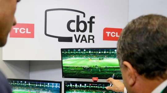 VAR na TV: o que poderá ser visto em casa? Goal