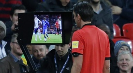 Champions League terá arbitro de vídeo a partir da temporada 2019-20