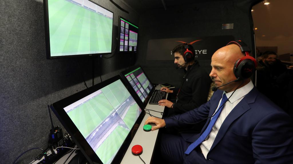 La VAR rentrera en vigueur en 2019 ! (officiel) — Coupe d'Europe