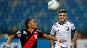 Botafogo quer contra-atacar, mas é o pior time reativo do Brasil
