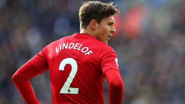 Lindelof signs new United deal. GOAL