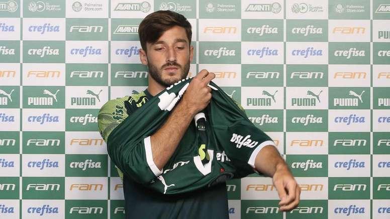 Com estreia de Viña, Palmeiras quer resolver problema na lateral. Goal