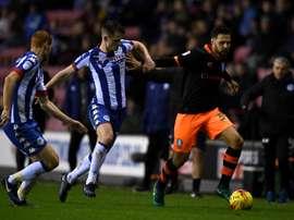 Vincent Sasso sous le maillot de Sheffield Wednesday. Goal