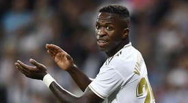 Sombra de Vinícius cresce sobre Hazard após empate com o Brugge. Goal