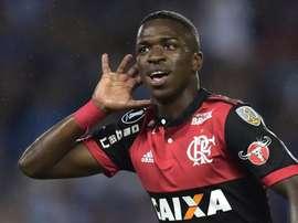 Saída de Everton abre espaço para evolução de Vinicius Jr no Fla.Goal