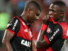 Vinicius Júnior celebra o gol apontado ao Boavista. GOAL