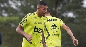 Vinicius Souza não perde um jogo do Flamengo e elogia Dome. EFE