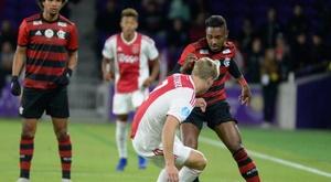 Ajax 2 (3) x (4) 2 Flamengo: Mengão vence por 4 a 3 nos pênaltis