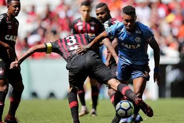 Vitinho Flamengo x Atlético-PR Arena da Baixada Brasileirão. Goal