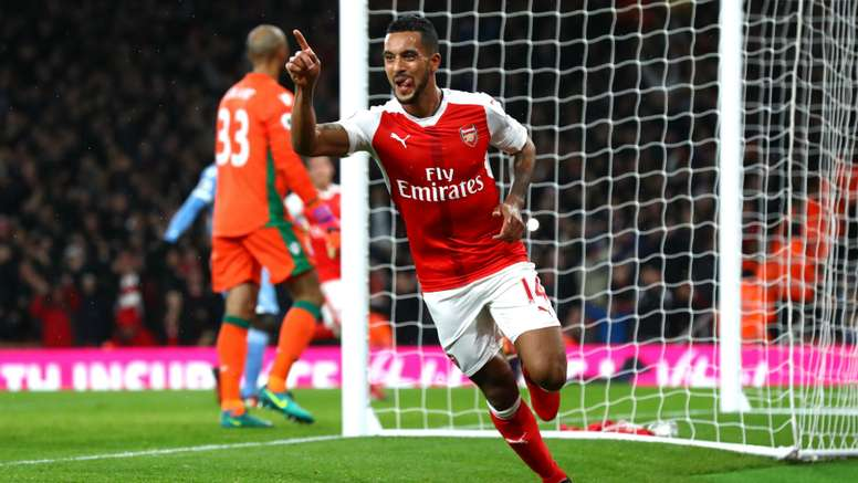 Walcott celebrates scoring for Arsenal. Goal
