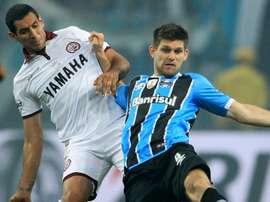 O zagueiro do Grêmio não vai mesmo poder jogar na volta da final da Libertadores. Goal