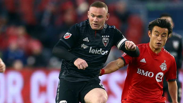 MLS Review: Rooney's DC United career ends with rout as Atlanta keep title defence alive. Goal