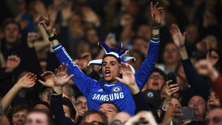 Le propriétaire des Blues en aurait assez des attitudes déplacées de ses supporters. Goal