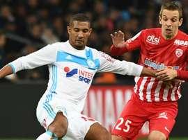 William Vainqueur et Benoit Pedretti lors d'un match de Ligue 1 entre  Marseille et Nancy. AFP