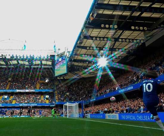 Willian relembra vitória do Chelsea sobre o PSG. Goal