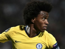 Willian garante triunfo do Chelsea na estreia na Europa League; Lazio e Sevilla também vencem