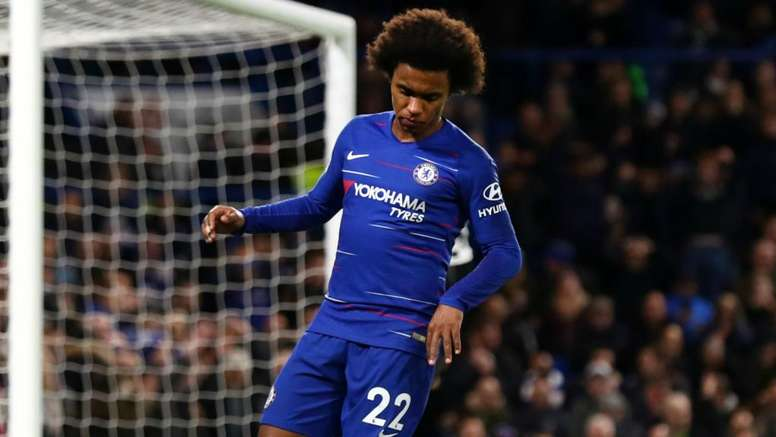 Chelsea's Willian will be hoping for another top 4 finish. GOAL