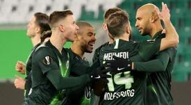 Wolfsburg resume training