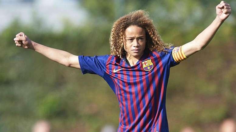 Le jeune Xavi Simons quitte le Barça : direction le PSG ? GOAL