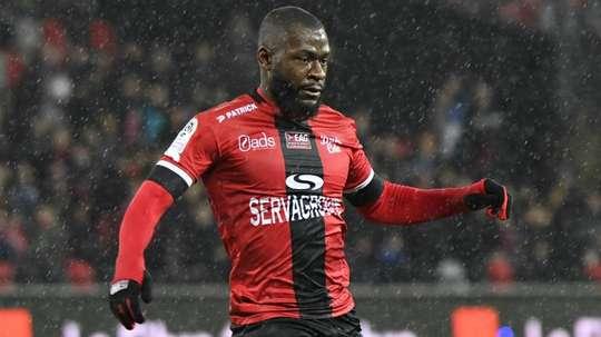 Salibur rejoint le Chaudron. Goal