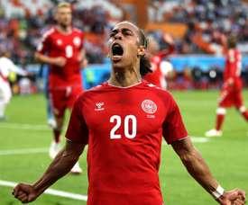 Dinamarca vence após Cueva desperdiçar pênalti. Goal