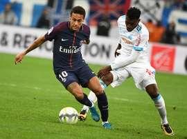 Le duel Zambo-Anguissa contre Neymar. GOAL