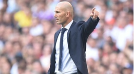 Zidane pleads for fans' support despite extra pressure at Real Madrid