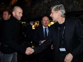 Zidane, Wenger et Blanc envisagés. Goal