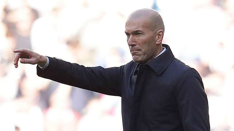 Real Madrid go green as Zidane's off-colour team see off Espanyol. GOAL