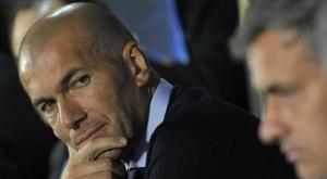 Real, Zidane rischia seriamente: Mourinho alla finestra