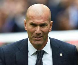 Zinedine Zidane has warned Real Madrd hierarchy about his team selection. GOAL