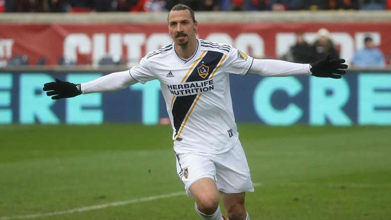 MLS Review: Ibrahimovic brace guides Galaxy to win