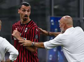 Milan volta a ficar em alta com Ibra e Pioli, mas ainda transparece caos. AFP