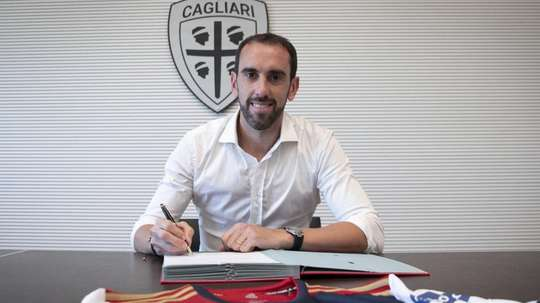 Godín has signed for Cagliari in a huge deal for the Italian side. CagliariCalcio