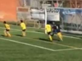 Le neveu de Messi s'invente des volées. Twitter/SC_ESPN