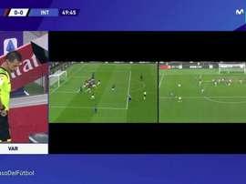 Brozovic ouvre le score lors du derby milanais. Capture/Movistar