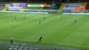 Danny Cano anotó desde el centro del campo. Captura/WinSports