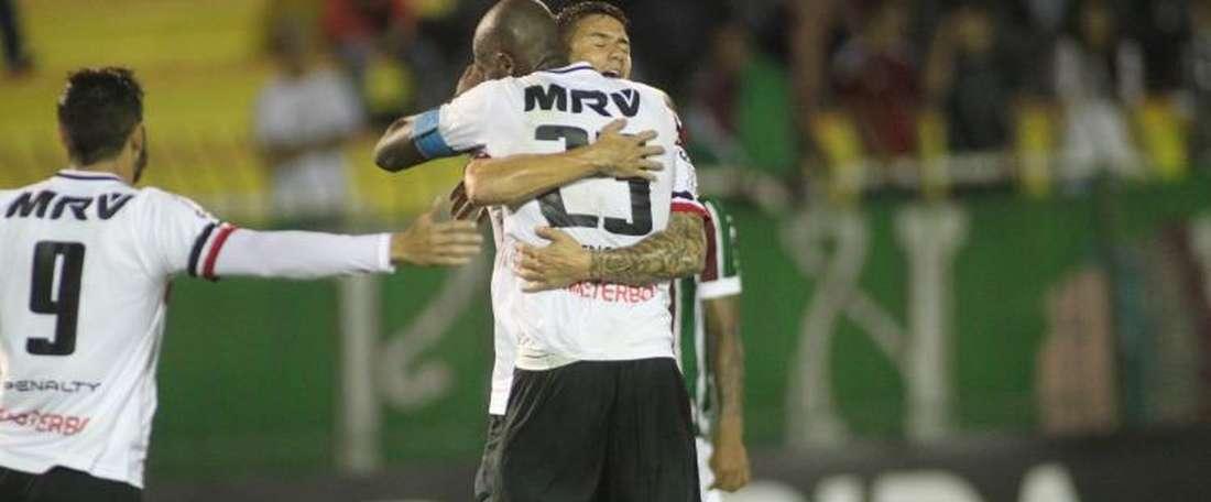 Santa Cruz se impuso a Sport Recife a falta de diez minutos para el final. SantaCruz
