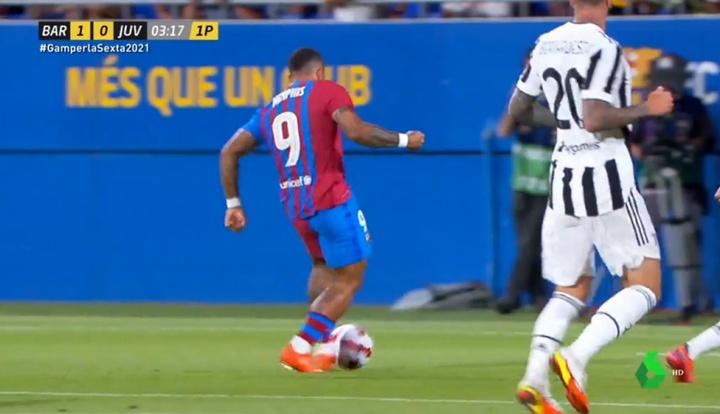 Conexión Demir-Memphis y primer gol de la era post-Messi a los tres minutos. Captura/LaSexta