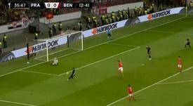 Gol do Eintracht Frankfurt marcado por Kostic. Captura Fox Sports