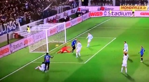 Ilicic put Atalanta ahead with a stunner. Captura/Movistar+
