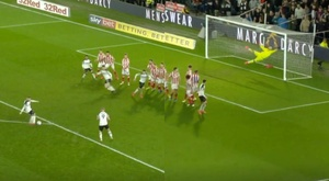 Rooney put a free kick right in the top corner. Capturas/RamsTV