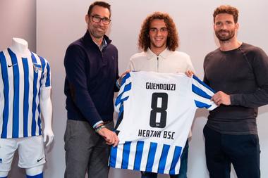 Özil a conseillé Mattéo Guendouzi de rejoindre le Hertha Berlin. afp