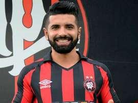 Guilherme ha sido presentado como nuevo jugador del Atlético Paranaense. AtléticoPR
