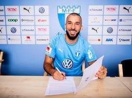 El extremo firma hasta 2021. Twitter/Malmö_FF